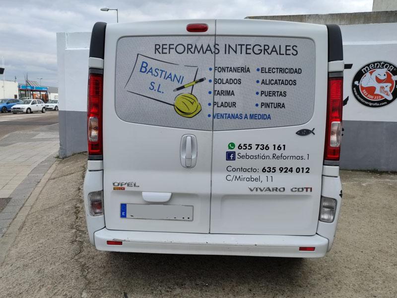 furgoneta de reformas integrales