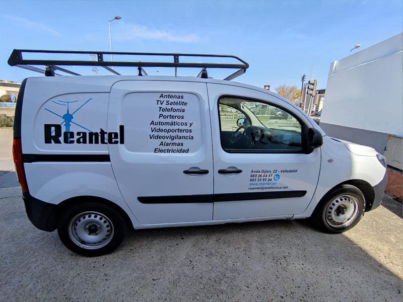 lateral de vehículo de empresa